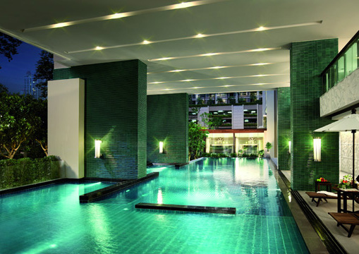 Swimming Pool of The Address Chidlom