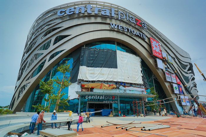 Central Westgate Opening