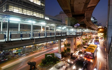 Silom front intersection